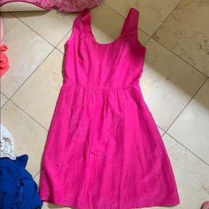 Vineyard vines pink dress